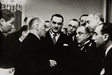 Mustafa Kemal Atatürk Fotoğraf ve Objeler